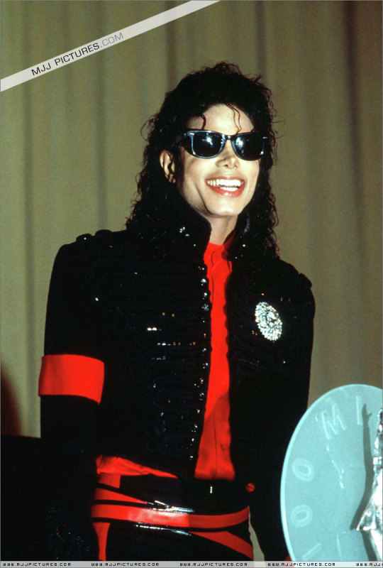 Image result for MICHAEL JACKSON RED ARMBAND